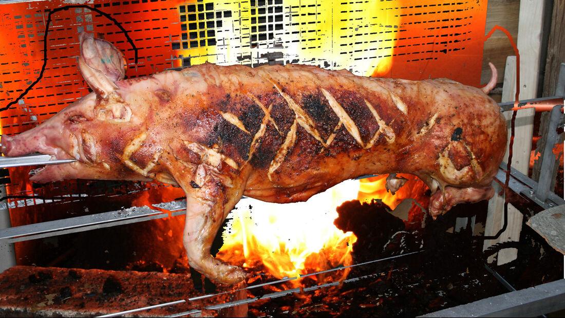 Mittelalterweihnachtsmarkt München Schwein