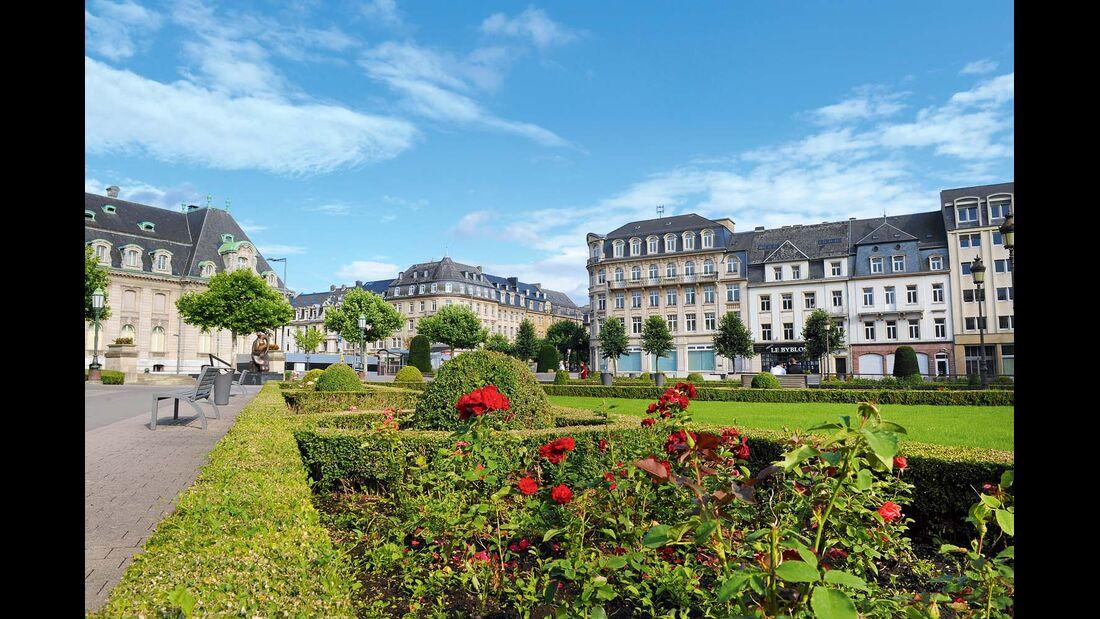 Mondäne Bauten und üppige Grünanlagen in der Oberstadt.