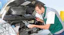 Motorraum Check