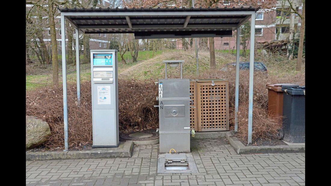Müll und Entsorgungsstsation auf dem Stellplatz Bremer Schweiz