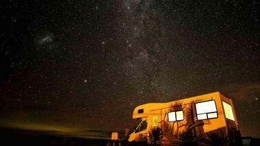 Nachthimmel mit Alkoven