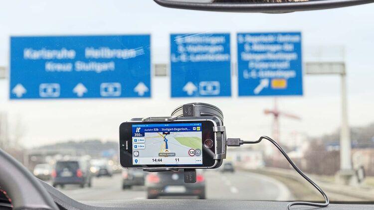8 Navigations-Apps fürs Smartphone für Wohnmobile im Test - Promobil
