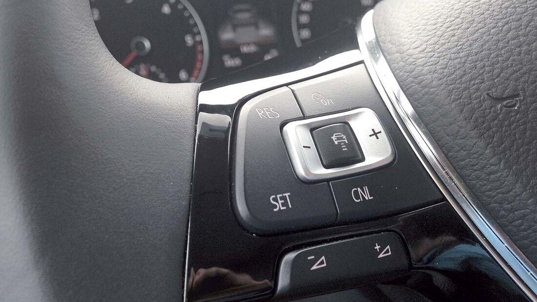 Neben dem praktischen Nutzen erhöht ein Tempomat auch den Wiederverkaufswert des Reisemobils.