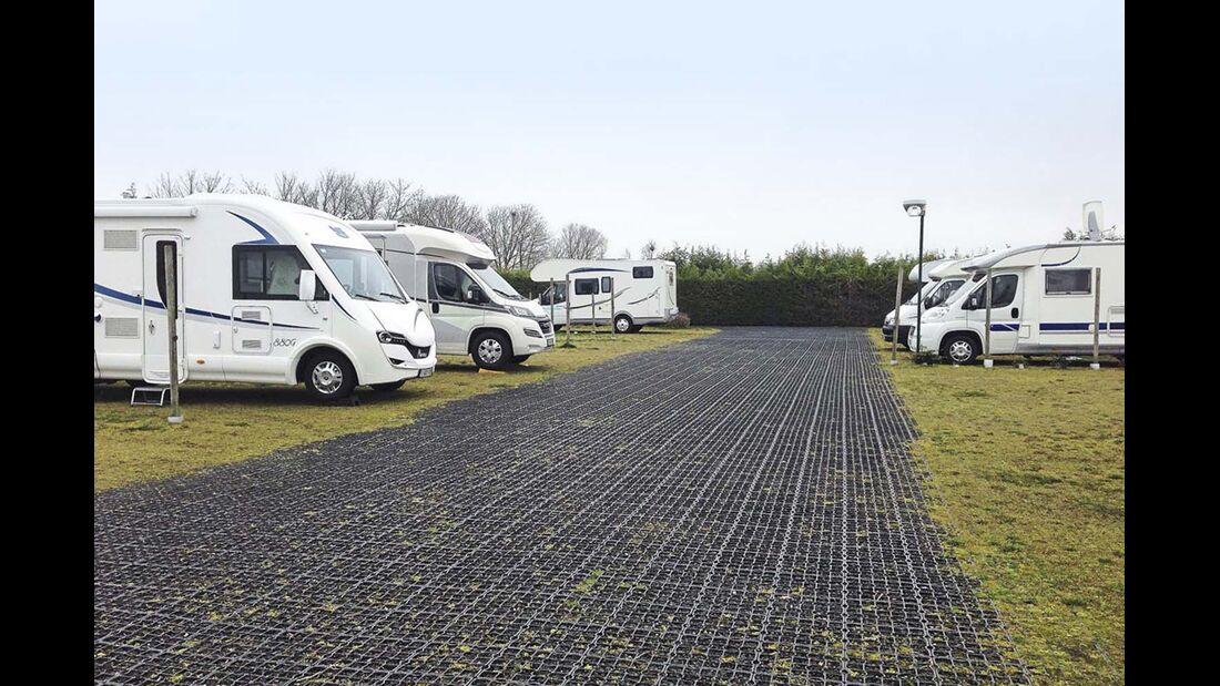 Nieuwpoort: Kampeerautoterrein De Zwerver.