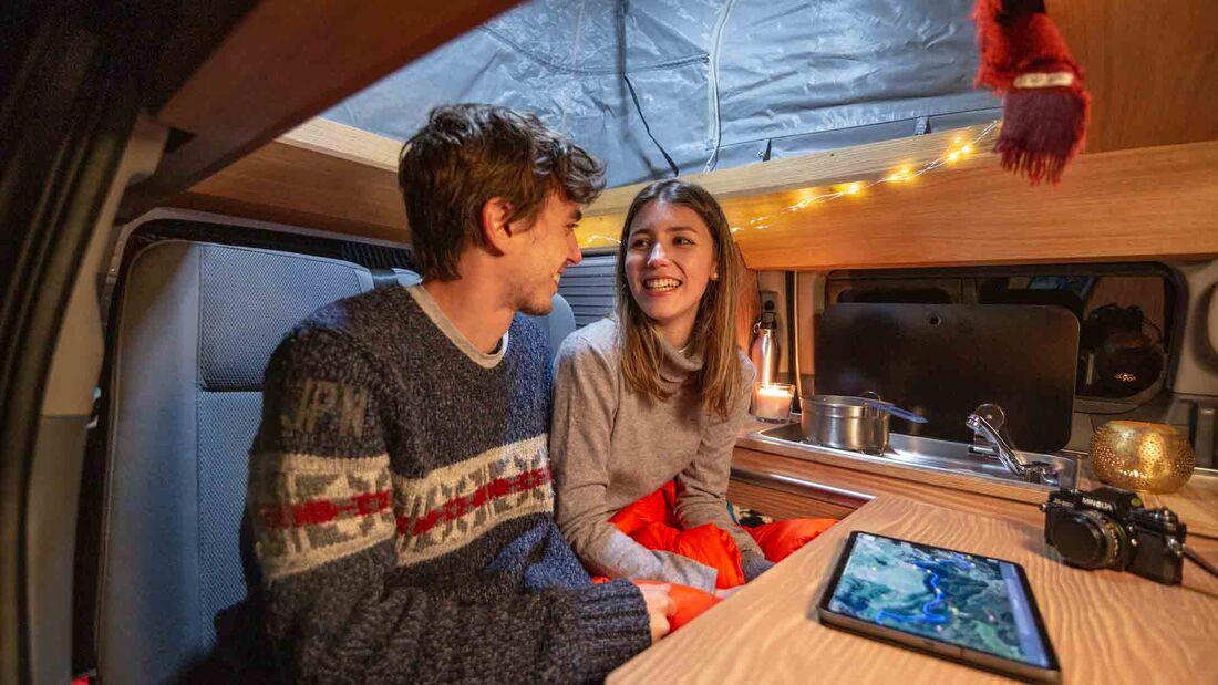 Nissan eNV 200 Winter Camper Concept (2021)