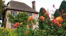 Noch im September stehen Englands Gärten voll in Blüte.