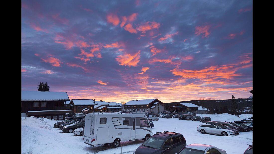 Norwegen Farbenzauber in der Morgensonne