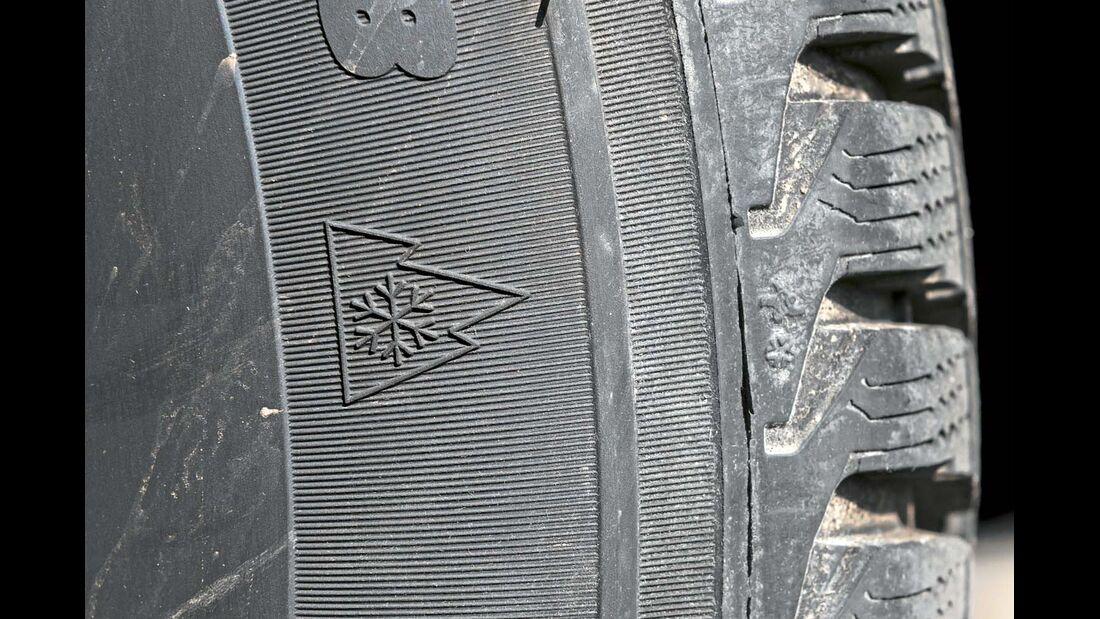 Nur M+S-Reifen mit diesem Kennzeichen sind wirklich wintertauglich.