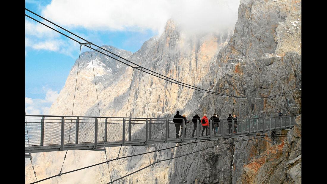 Panorama-Plattformen in der Nähe vom Dachstein
