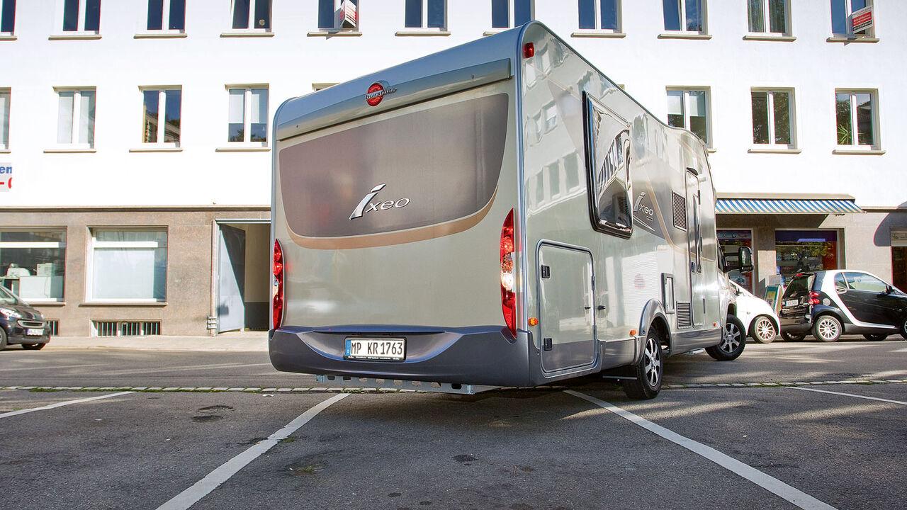 Gerichtsentscheid: Wohnmobil darf nicht auf Parkplatz stehen
