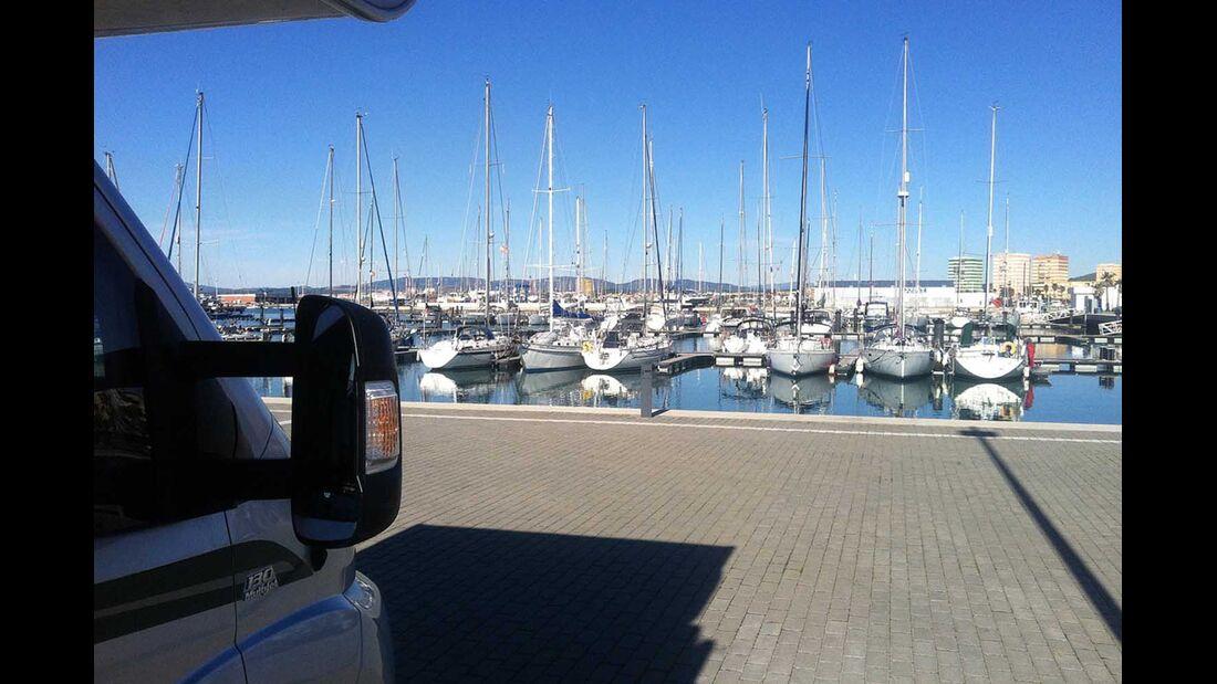 Parkplatz am Yachthafen Algeciras