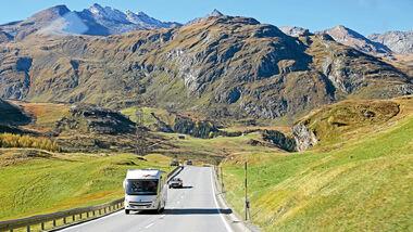 Passstraße in der Schweiz