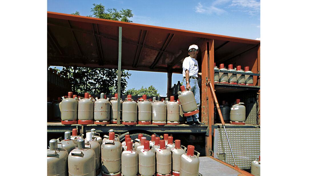 Gas Adapter Euro Flaschen Set mit 4 Entnahmestutzen für Gasflaschen