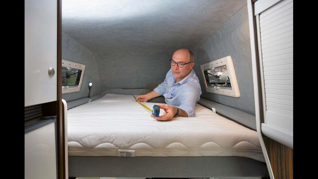 Reisemobil HRZ Dream mit 2,10 m langem Dachbett