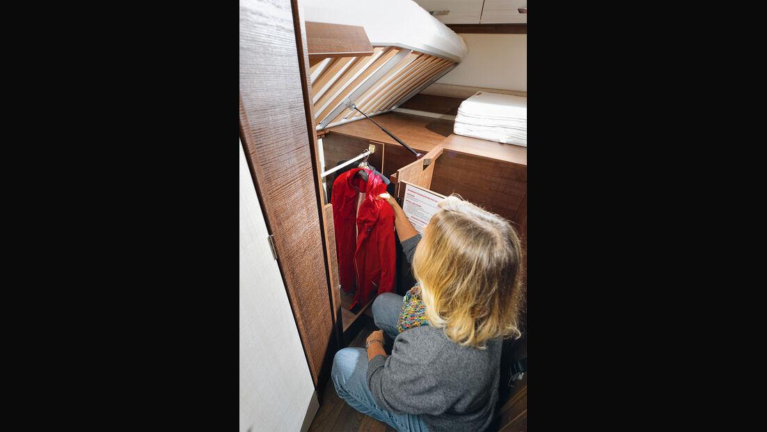 Relativ bequemer Kleiderschrankzugang im Forster I 738 EB