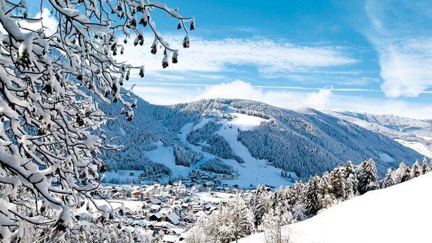 SANKT VIGIL gehört zum ladinischen Teil des Feriengebiets Kronplatz und ist ein Urlaubsparadies mit traditioneller Küche.