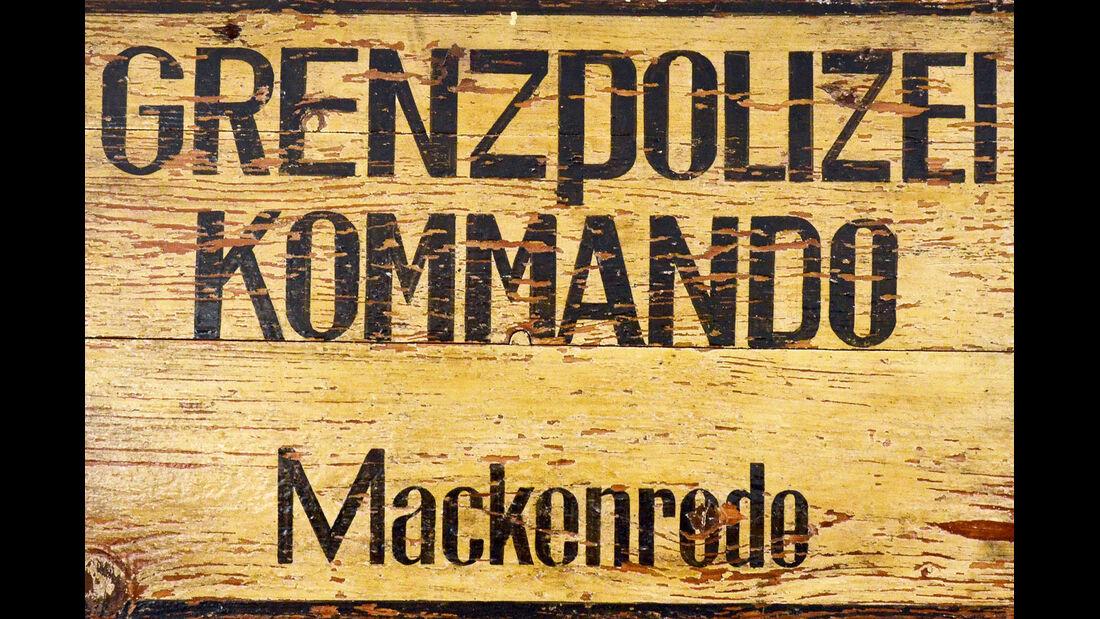 Schild Grenzpolizei in Mackenrode
