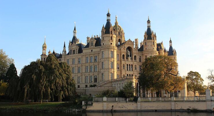 Schloss Schwerin in Herbst