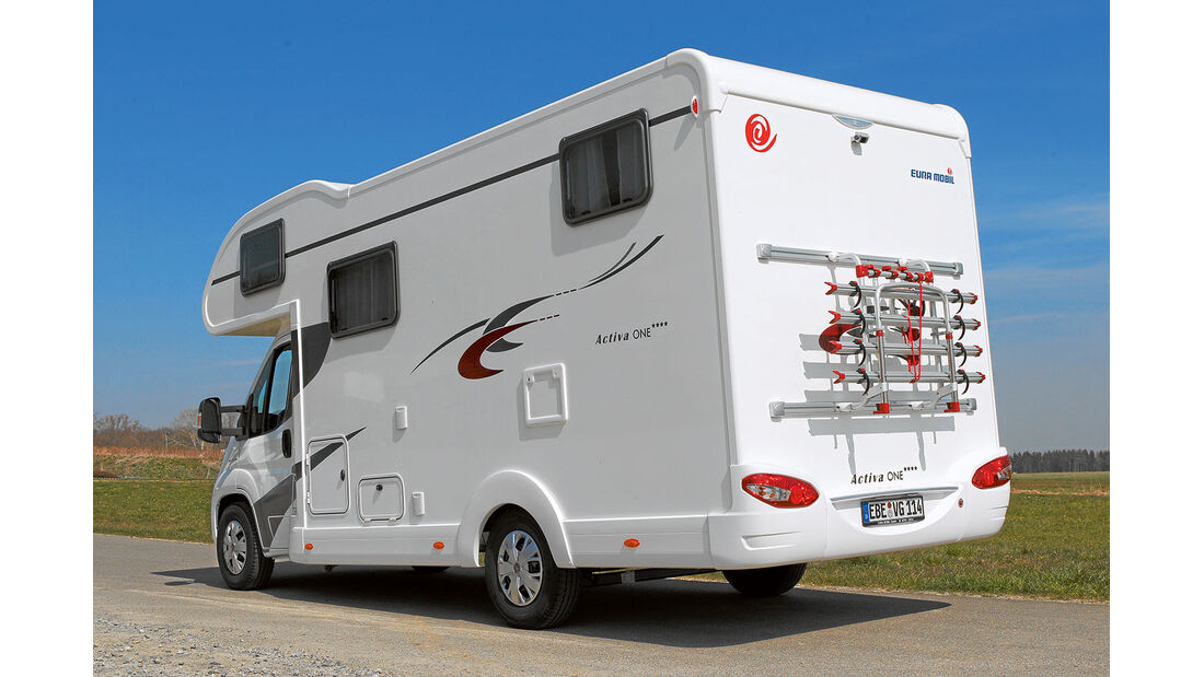 Seitenansicht Eura Mobil Activa One 690 HB
