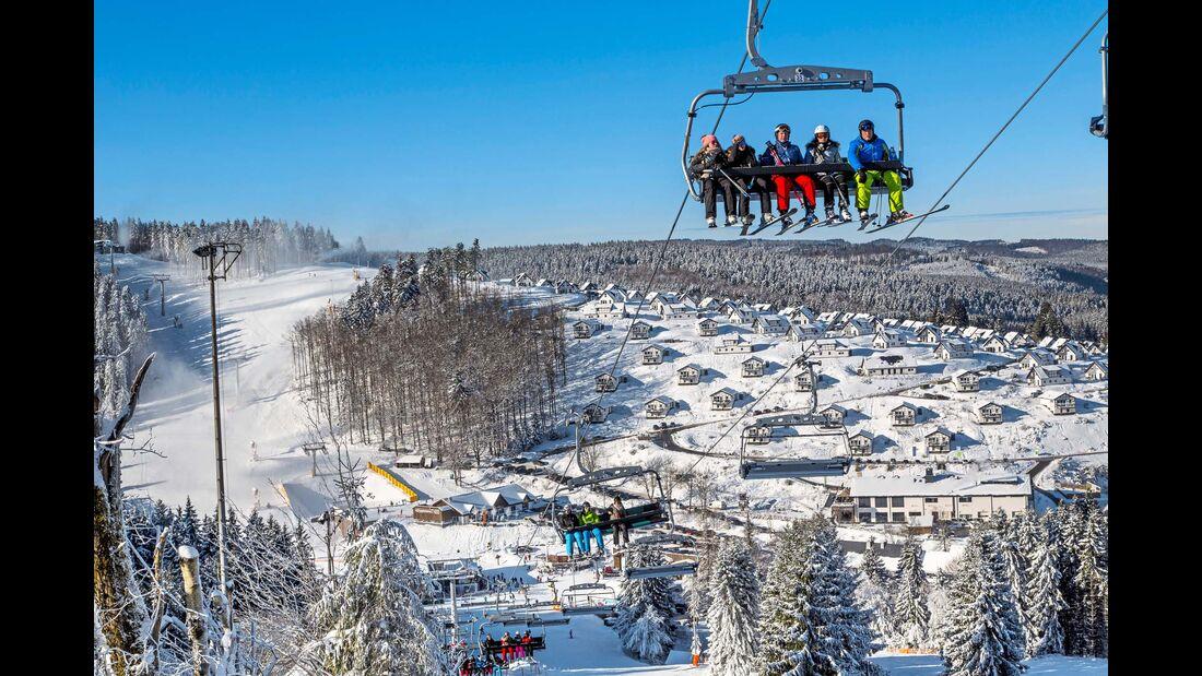 Skilift in der Wintersport-Arena, in der Region gibt es rund 120 Pisten.