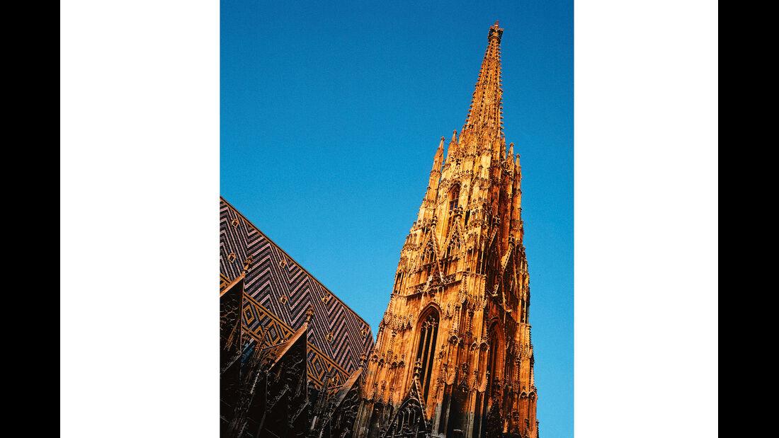 Stephansdom mit Südturm in Wien