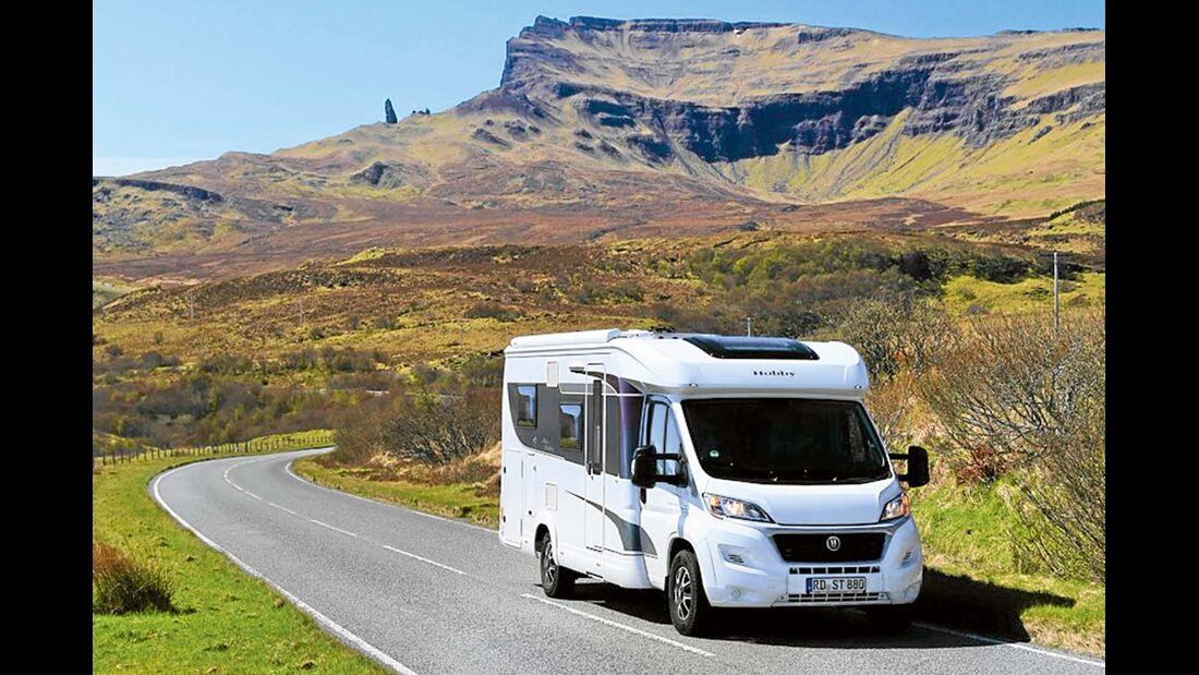 Straße durch die schottischen Highlands