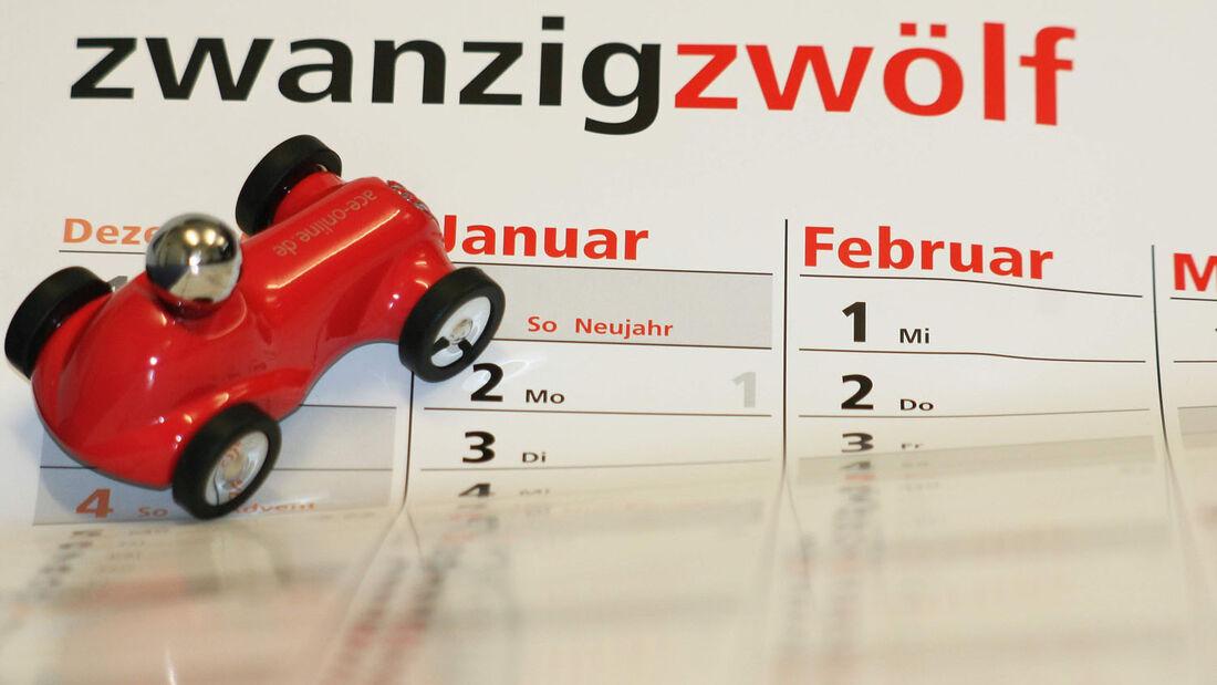 Straßenverkehr soll 2012 sicherer und umweltfreundlicher werden, daher gibt es für Autofahrer eine Reihe neuer Regelungen