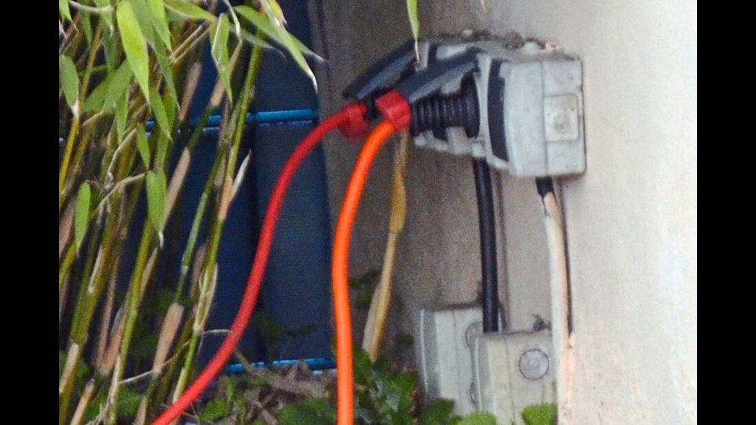 Strom aus der Haushaltssteckdose