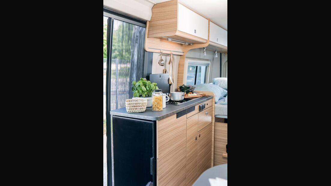 Sunlight Camper Van Cliff 603