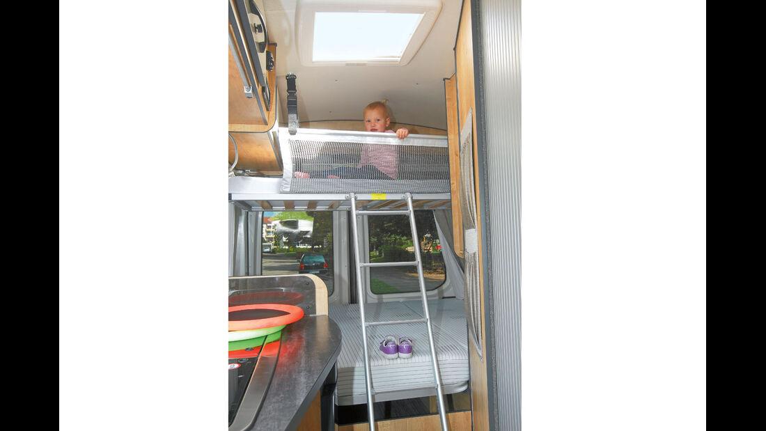 Supercheck: Karmann Dexter Go 560, Kinderbett