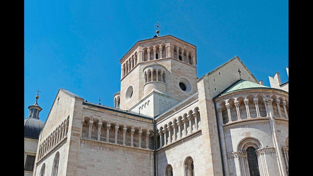 TRIENT Die Kapitale der autonomen Region Trentino-Südtirol mit ihren gut 117 000 Einwohnern zählt zu den ältesten Städten der Region und ist Sitz eines Erzbistums und einer großen Universität.