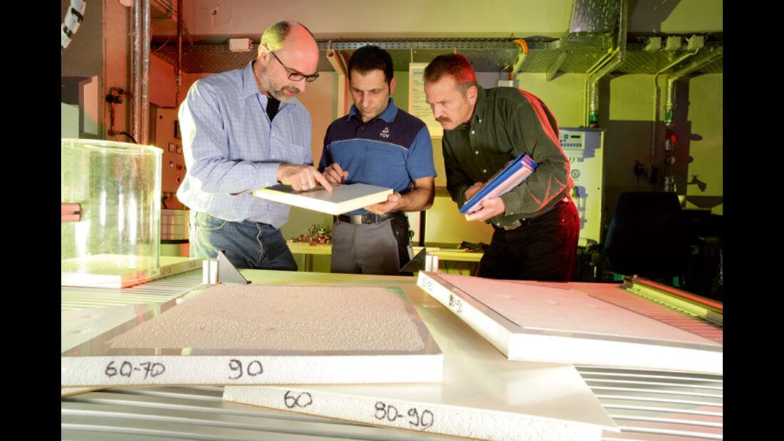 Test: Dachbeschichtungen 2010
