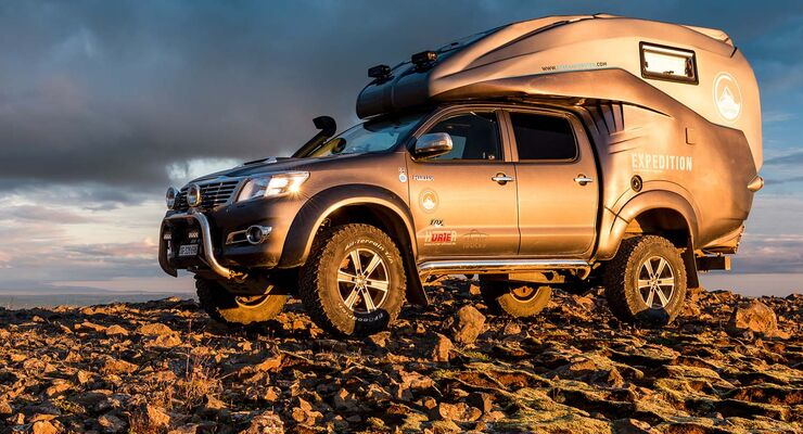 toyota hilux expedition v1 offroad pick up camper promobil. Black Bedroom Furniture Sets. Home Design Ideas