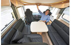 Ueber der vorderen Sitzgruppe versteckt sich ein Hubbett