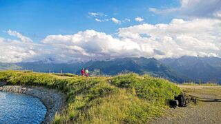 Unsere Mobil-Tour führt mitten rein in die wilde Bergwelt – zu vielen grandiosen Naturerlebnissen.
