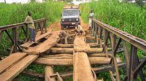 Unzählige Brücken gilt es in Afrika zu überwinden