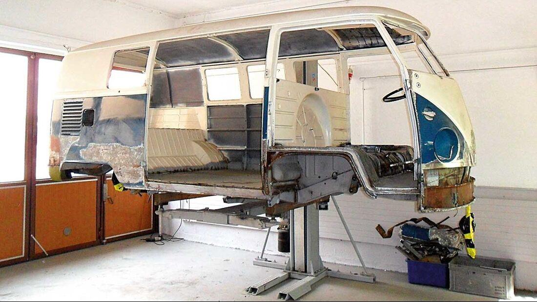 VW-Bus T1 Hebebühne