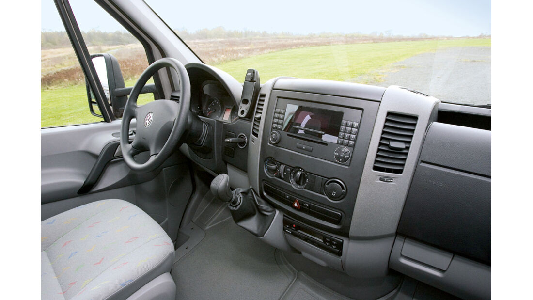 VW Crafter Blue TDI Cockpit