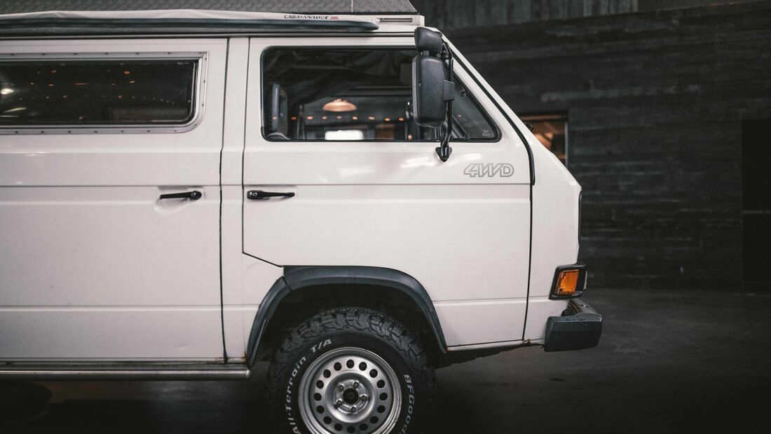 """VW T3 Syncro 16"""" Campingbus Auktion"""