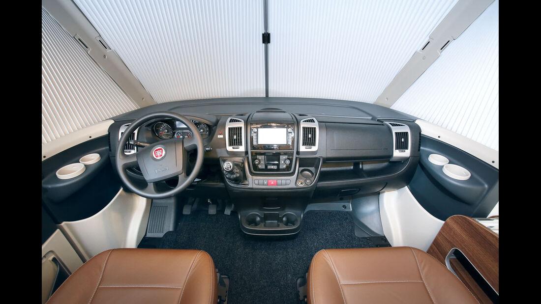 Vergleich: Integrierten-Cockpits, Armaturenbrett Bürstner