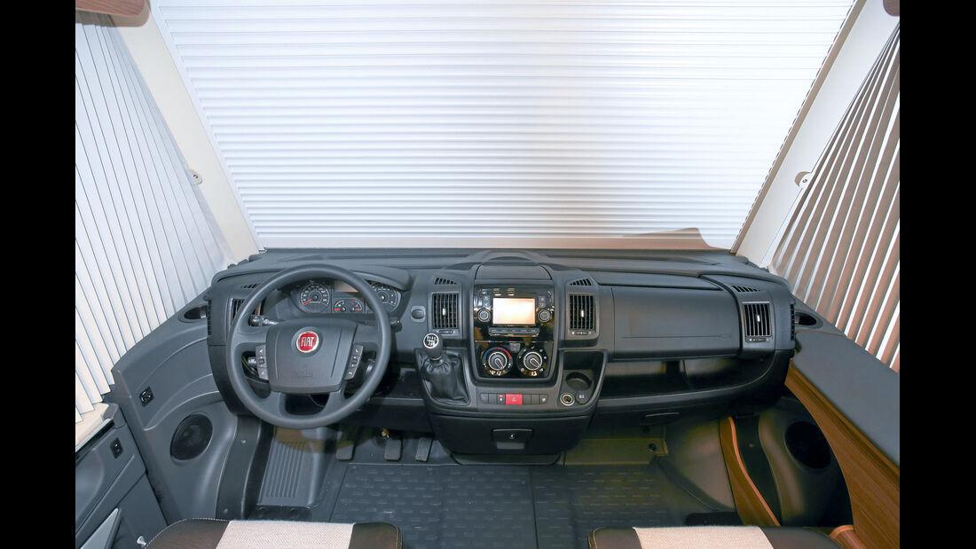 Vergleich: Integrierten-Cockpits, Armaturenbrett Knaus