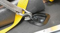 Vergleichstest, Basisfahrzeuge, Sicherheit: Kaputte Öse