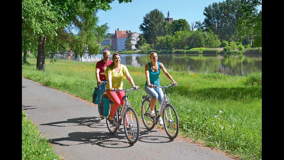 Viele Reisemobilisten nehmen Fahrräder mit auf Tour.