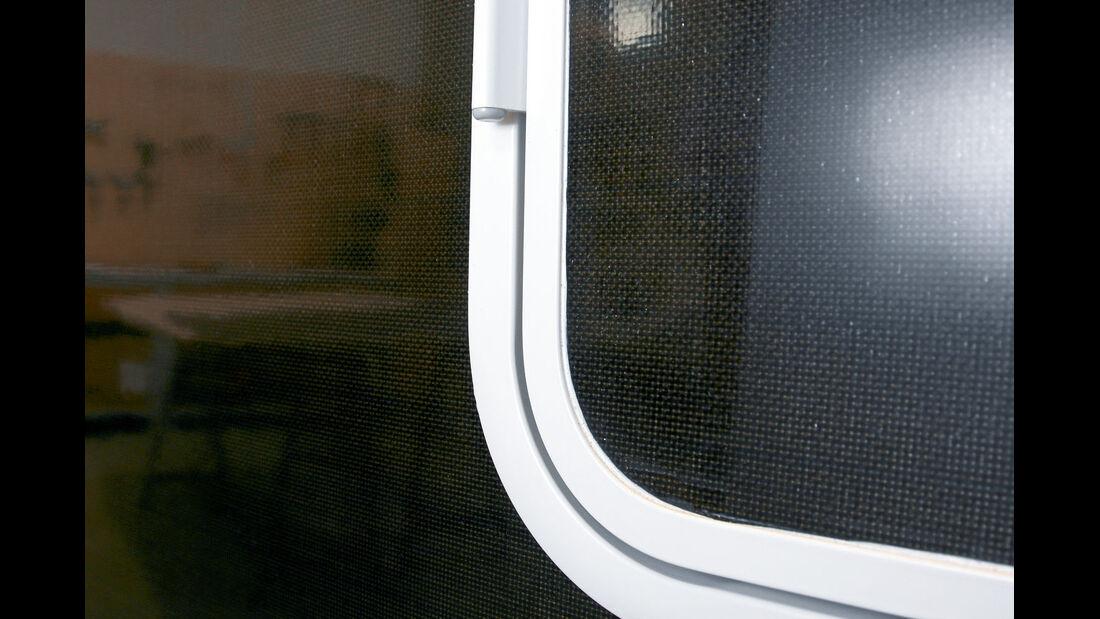 Wände aus leichtem Basalt-Fasergewebe beim Wohnmobil Triaca