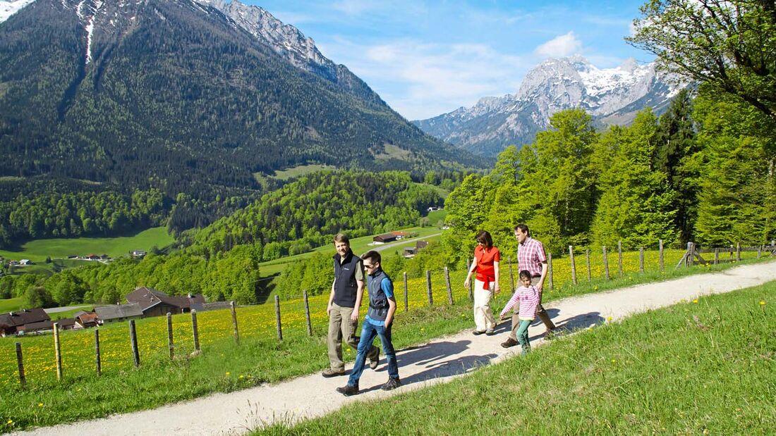 Wandern Sie auf dem Salzweg der vor 200 Jahren eröffnet wurde um das Salz aus dem Bergwerk in Berchtesgaden wegzubringen.