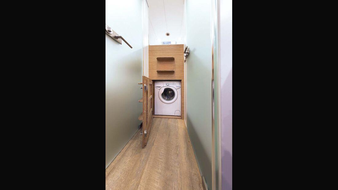 Waschmaschine serienmäßig beim Bliss-Mobil 20-ft-body