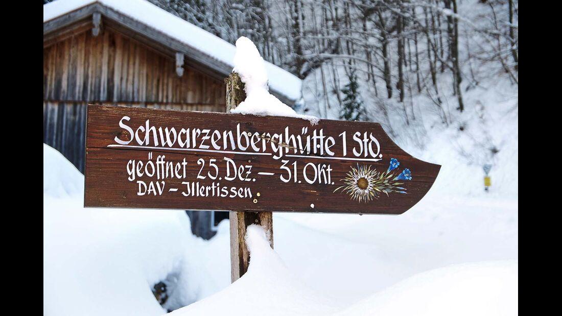 Wegweiser zur Schwarzenberghütte in den Allgäuer Alpen