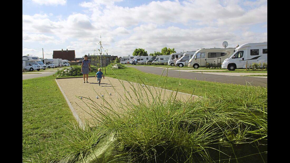 Westende: der Camperpark neben Campingplatz.