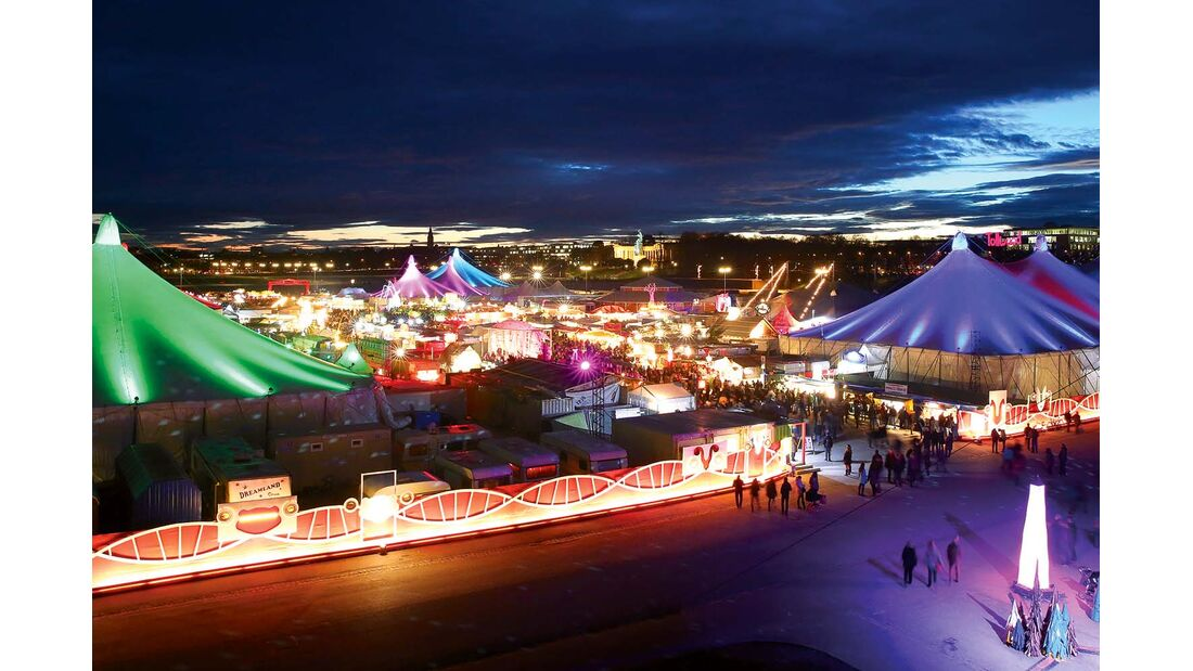Winterfestival Tollwood auf der Münchener Theresienwise.