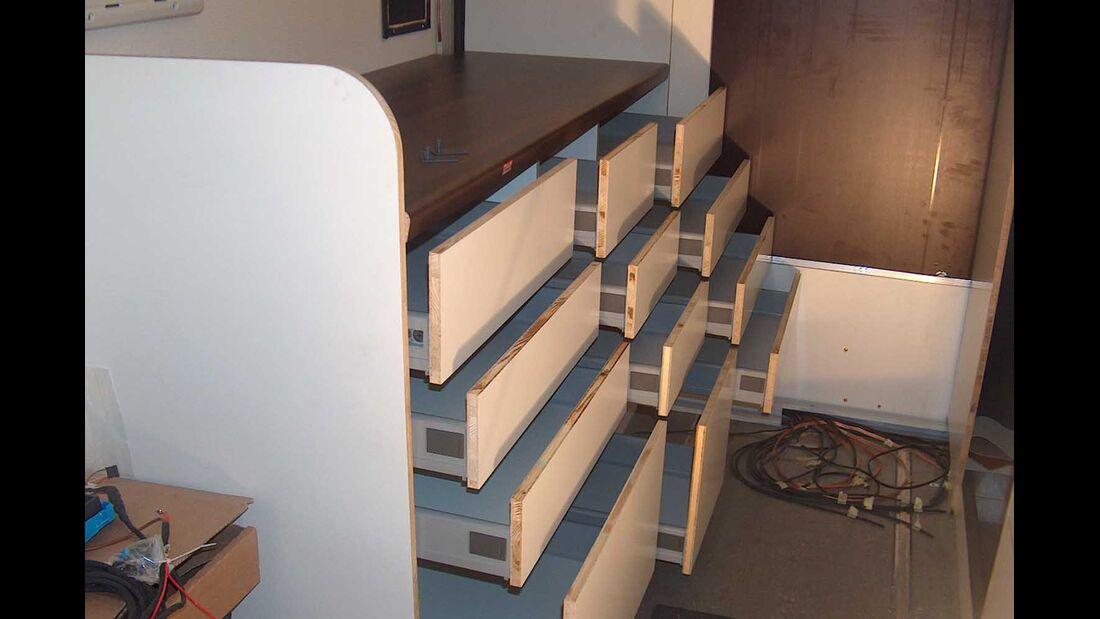 Wohnmobil Selbstausbau Küchenschublade